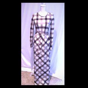 Dresses & Skirts - Lightweight Long Dress